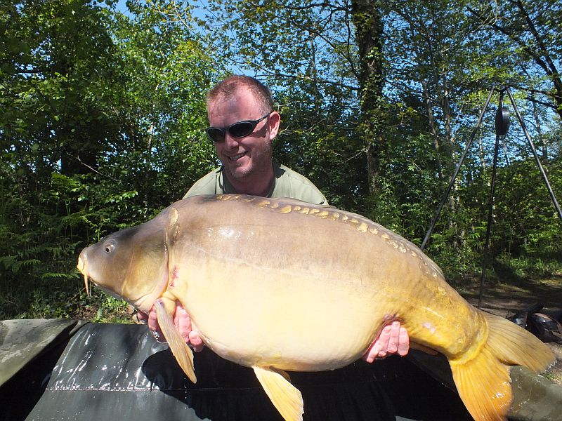 May: Lee 2nd PB 43lb 14oz.