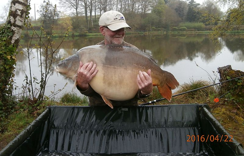 April: Billy 62lb 8oz PB & Lake Record